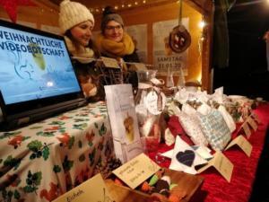 Weihnachtsmarkt - Unser fleißiges Team (1/2)